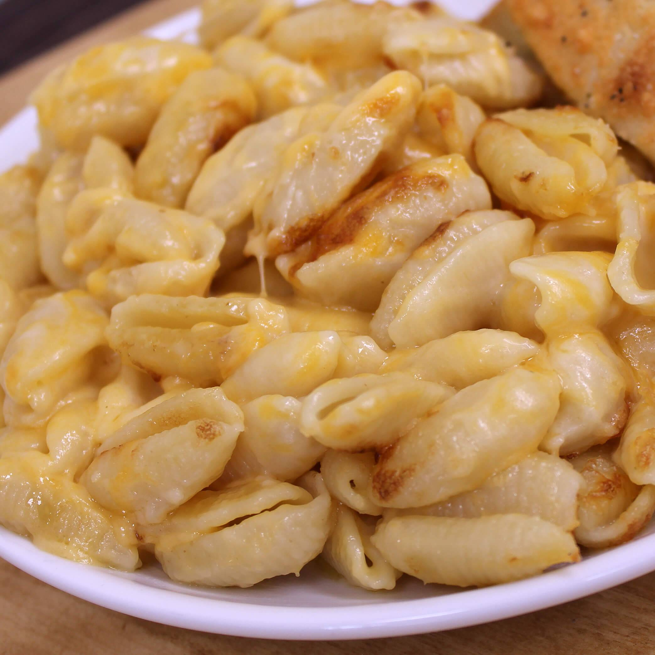 homemade fresh MacNCheese delivery mac and cheese des moines iowa